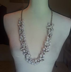 White Metal Flowers Necklace (never worn)